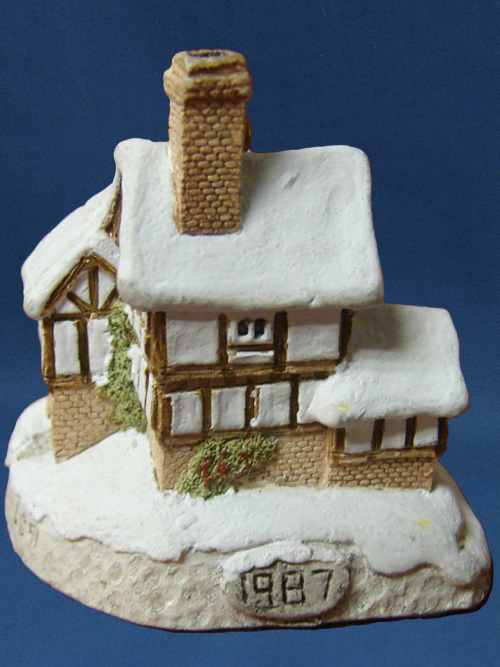 David Winter Cottage Collection Christmas Ornaments